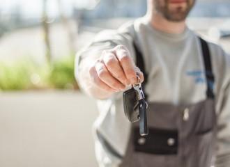 Koszt przeglądu auta. Ile zapłacisz za przegląd techniczny samochodu?