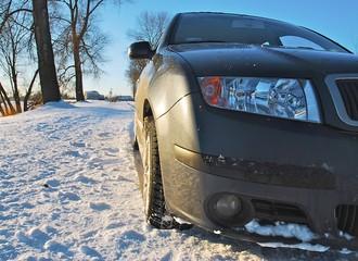 Felgi aluminiowe czy stalowe? Na czym jeździć zimą?