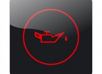 Co zrobić, gdy świeci się kontrolka niskiego ciśnienia oleju?