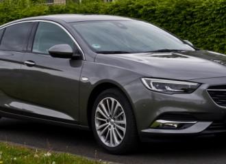 Opel Insignia B benzyna - cena przeglądu okresowego dużego