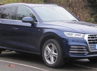 Audi Q5 II benzyna - cena przeglądu okresowego po 15 tyś. km / 12 miesiącach