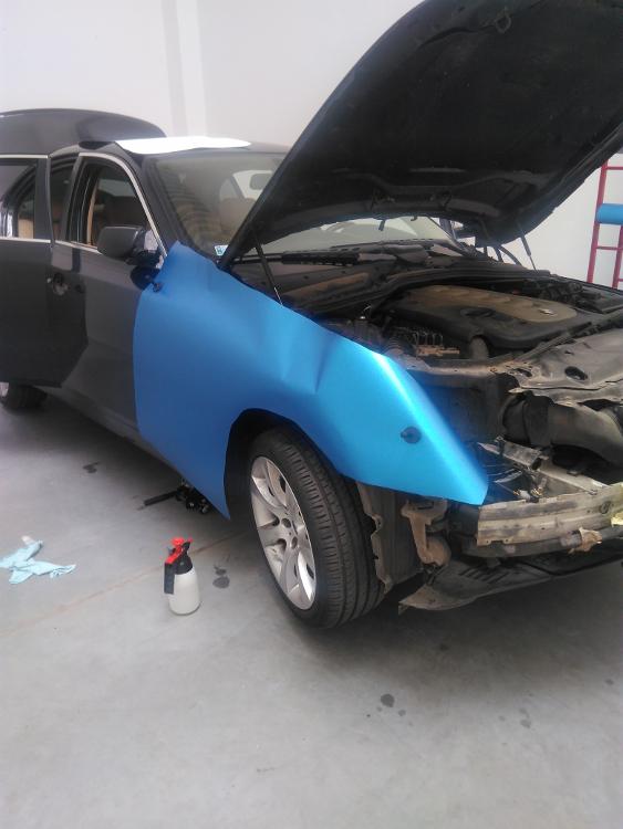 Bmw E60 Oklejenie Samochodu Folią Oracal Dobrymechanikpl