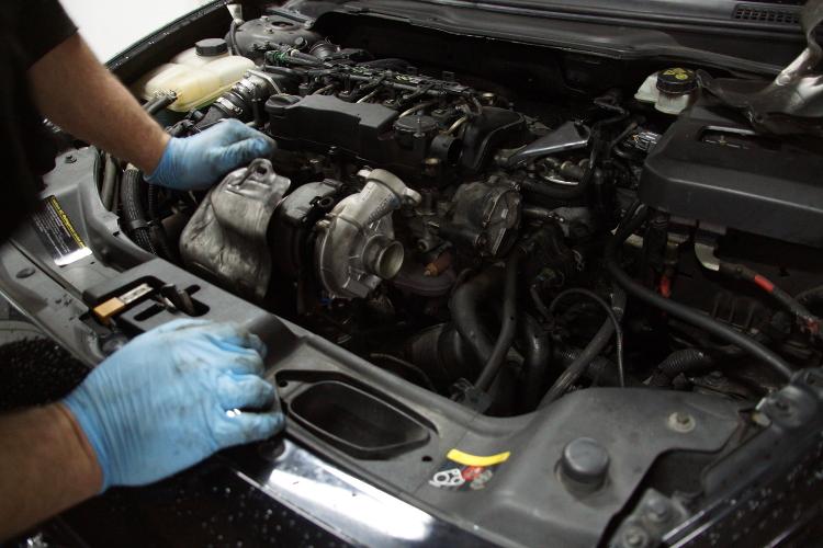 Volvo C30 1 6 HDI, montaż filtra DPF po regeneracji