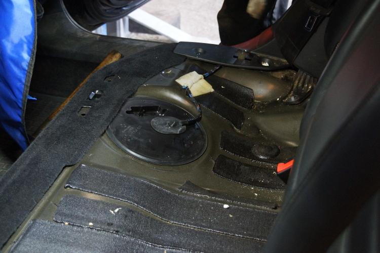 Ogromny Volkswagen Passat B6 2.0 TDI, czyszczenie układu paliwowego WJ25