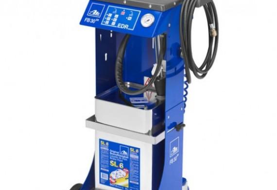 Ate FB 30 to profesjonalne urządzenie do napełniania, płukania i odpowietrzania instalacji hamulcowej