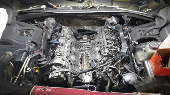 Chrysler 300 c dalej jeździ jak szalony