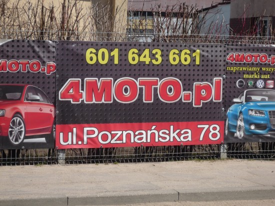 4moto.pl Poznańska 78, wjazd w Słoneczną, zdjęcie 2
