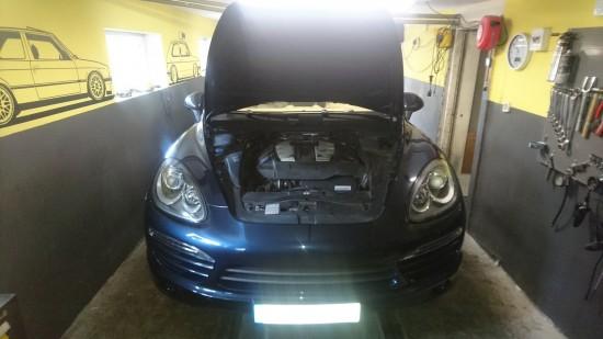 Porsche Cayenne 3.0 TDi V6