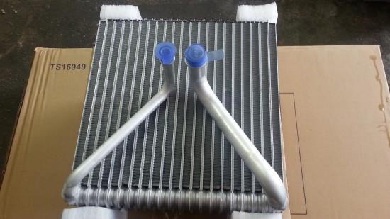 wymiana parownika klimatyzacji