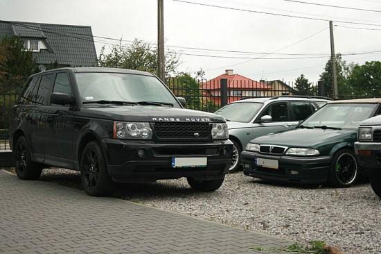 Na parkingu różnorodnie