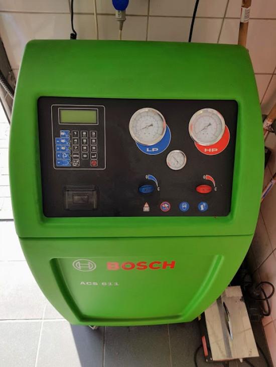 Urządzenie do napełniania klimatyzacji BOSCH
