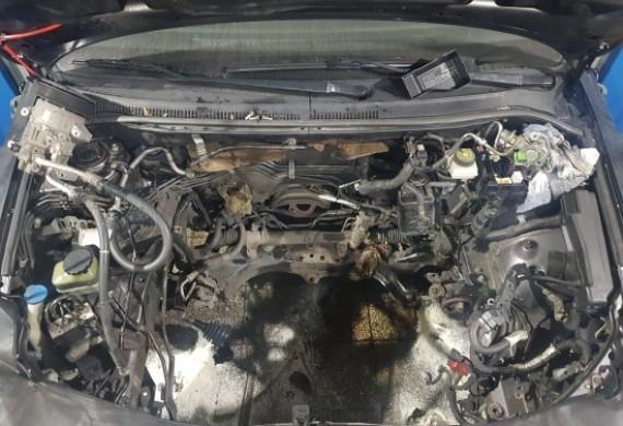 Zatarty silnik - żaden problem / profesjonalne przełożenie słupka silnika wraz z osprzętem