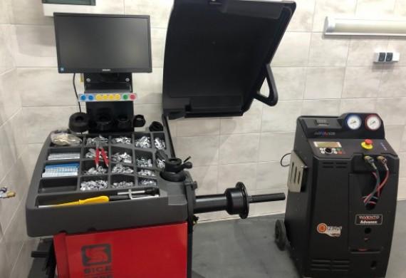 Profesjonalna wyważarka komputerowa do kół oraz maszyna do klimatyzacji