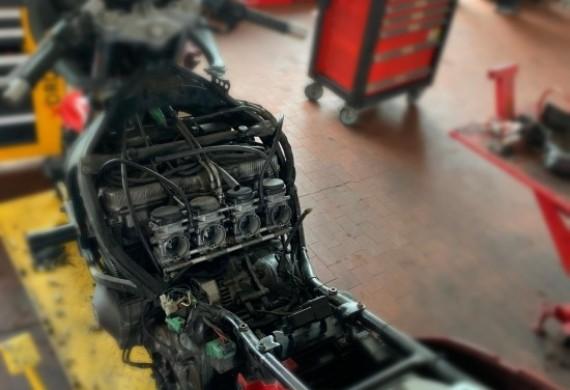 Przegląd Suzuki GSXF, dodatkowo naprawa wycieku paliwa.