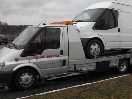 Laweta Łódź - Transport samochodów dostawczych (busów)