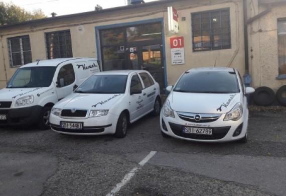 Samochody zastępcze dla klientów serwisu.