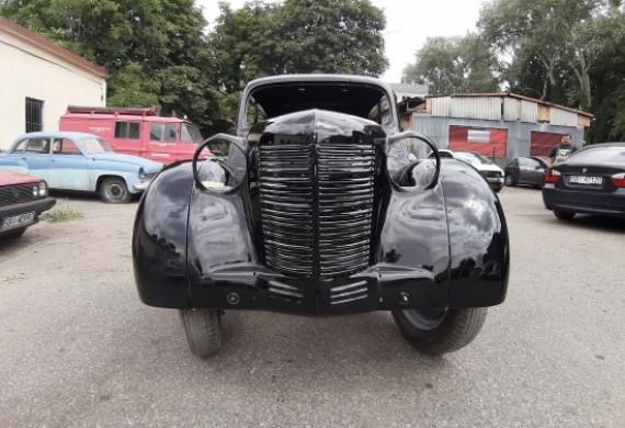 Kompleksowa naprawa lakiernicza Opla Kadetta z 1938 w połączeniu z usługą door to door na drugi koniec Polski ;)