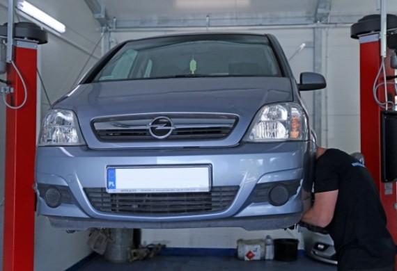Autoserwis - mechanika pojazdowa