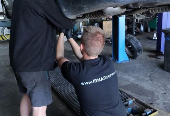 Serwis samochodowy, myjnia parowa, auto detailing i ubezpieczenia