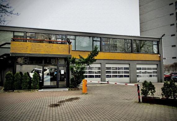 Serwis Autoreduta Powiśle to przede wszystkim: - serwis mechaniczny - sprzedaż samochodów używanych  - usługi ubezpieczeń i finansowań  - detailing