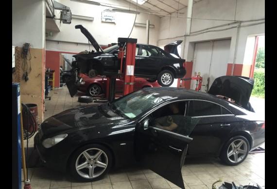PIT-STOP AutoService - Serwis Opon Słubice,  warsztat samochodów osobowych i dostawczych  do 3,5t.