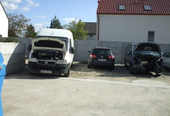 Klienci cenią nas za to , że powierzone auto umiemy bezpiecznie przechować !