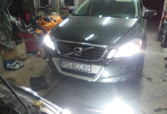 Volvo XC90 w trakcie naprawy