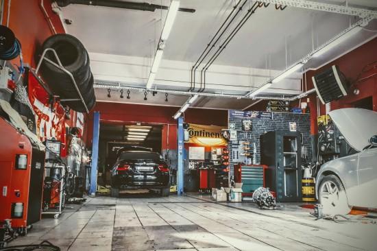 HR Automotive serwis Warszawa