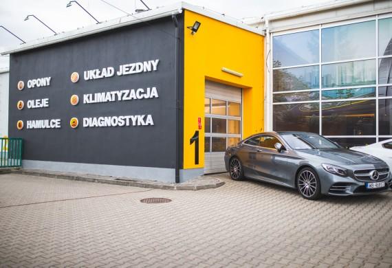 BestDrive Ipcars - budynek oraz usługi serwisu.