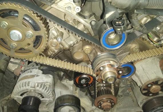 Wymiana rozrządu w samochodzie marki Land Rover