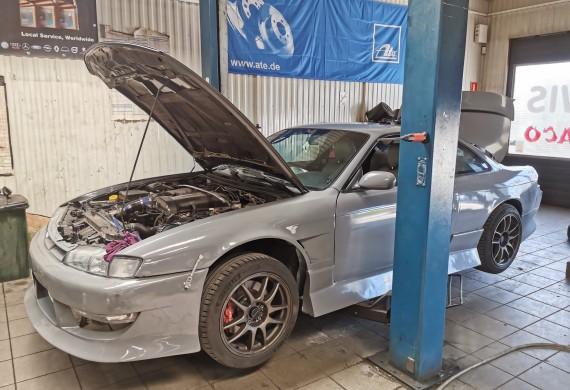 Czasami trzeba też działać na sportowo ;) Nissan Silvia s14 200sx Turbo!