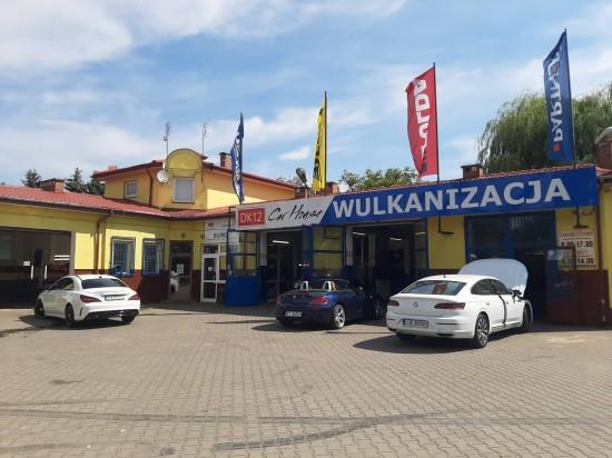 DK12 CAR HOUSE Lublin