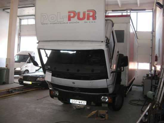 FIRMA AUTODAS naprawa samochodów dostawczych