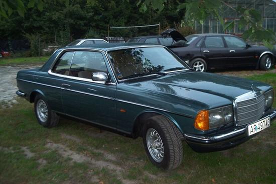 odrestaurowanie mercedes 123 coupe