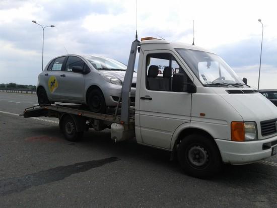 Transport pojazdu, pomoc drogowa