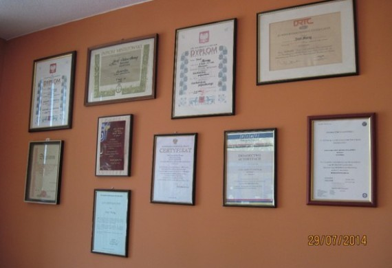 MORĄG CENTRUM - Wyróżnienia i Certyfikaty 2