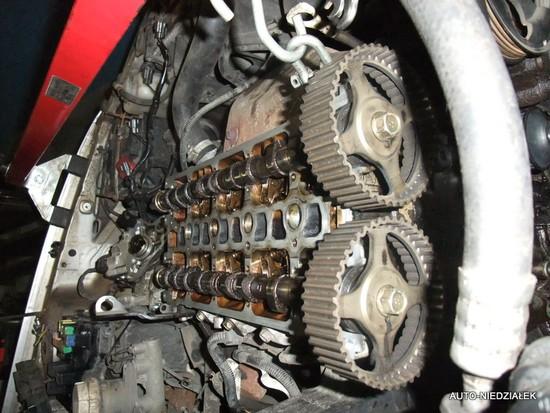 Stanowisko napraw silników, wymiany sprzęgla, rozrzadu .....