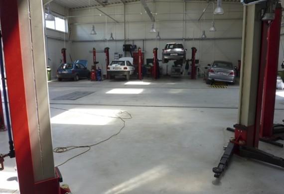 hala robocza - naprawa pojazdów