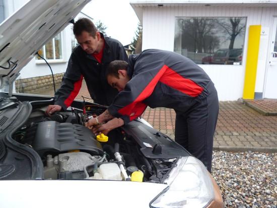 mechanicy w akcji