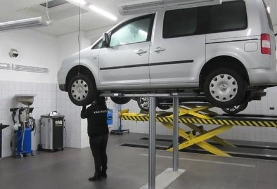 Wykonujemy wszystkie usługi związane z mechaniką samochodową.