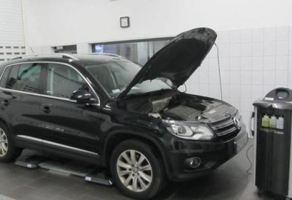 Wykonujemy przeglądy oraz serwis klimatyzacji samochodowych oraz odgrzybianie.