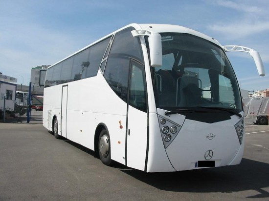 Sprzedaż -montaż szyb autobusowych