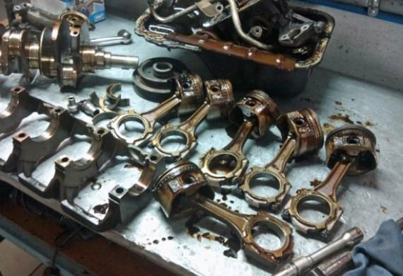 W przypadku generalnych remontów silnika pierwszorzędną sprawą jest inspekcja i pomiar. Po oględzinach następuje decyzja w kwestii dalszej naprawy silnika.
