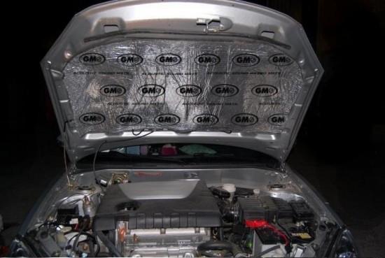 Maty pianki do wyciszeń maski komory silnika