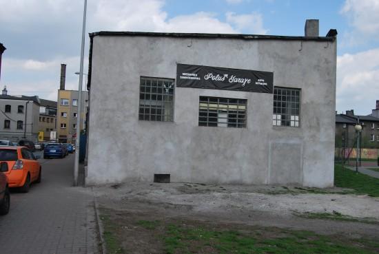 Poluś Garage - Bok