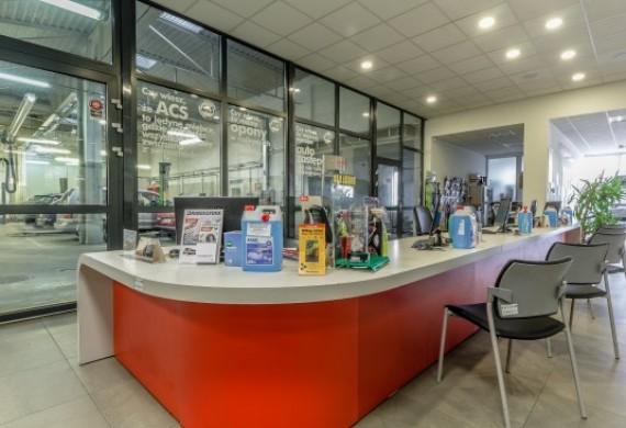 Biuro Obsługi Klienta posiada 4 stanowiska