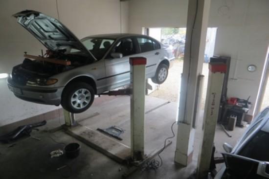 MOTOCENTRUM: naprawa samochodów