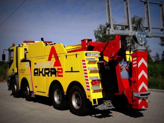 Samochód ratownictwa drogowego Iveco Trakker 8x4