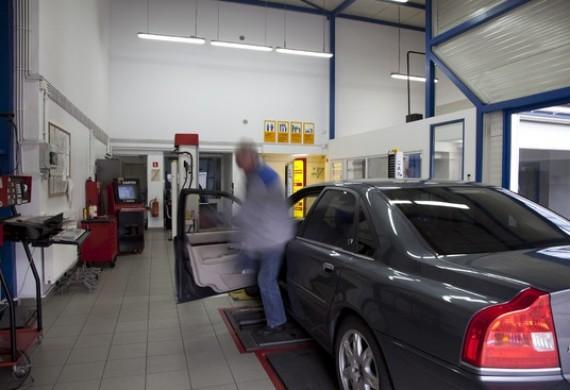 Na terenie naszego serwisu działa Stacja Kontroli Pojazdów.