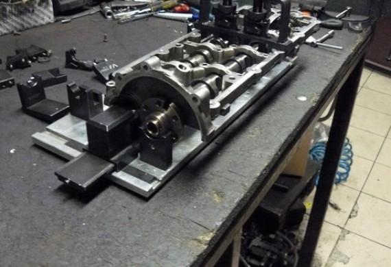 ustawienie wałków rozrządu i potem montaż